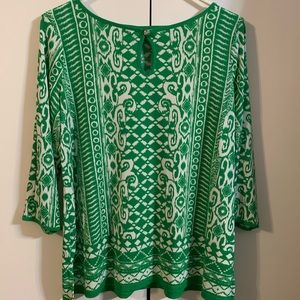 Susan Graver green and white nice top